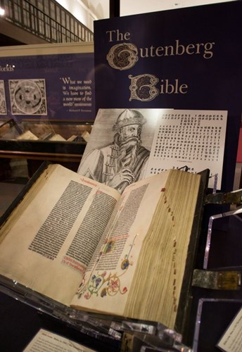 5 The Gutenberg Bible www.pinterest.com.jpg